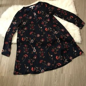 Cupcakes & Cashmere Dark Floral Sleeved Dress S